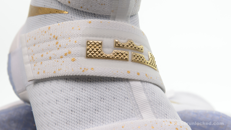 Foot-Locker-Nike-Zoom-LeBron-Soldier-10-Metallic-Gold-9