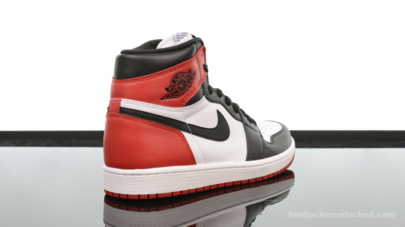 Foot-Locker-Air-Jordan-1-Retro-High-OG-Black-Toe-6