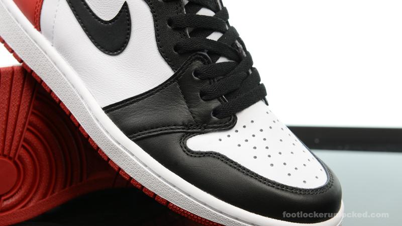 Foot-Locker-Air-Jordan-1-Retro-High-OG-Black-Toe-7
