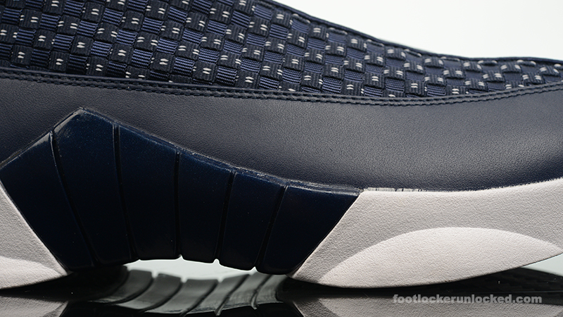Foot-Locker-Air-Jordan-15-Retro-Obsidian-10