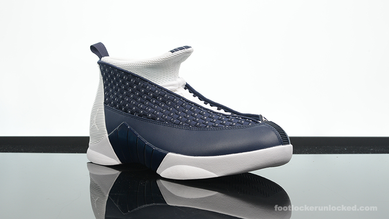 Foot-Locker-Air-Jordan-15-Retro-Obsidian-3