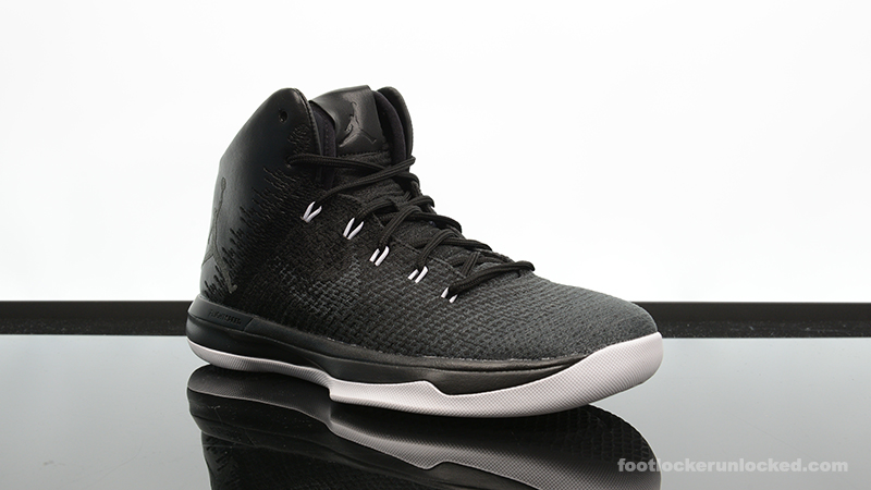 Foot-Locker-Air-Jordan-XXX1-Black-Cat-3