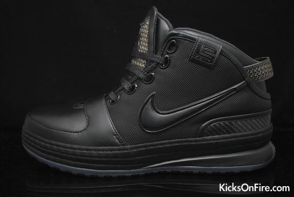 huge selection of ecba2 c0b7e Nike Zoom Lebron 6 – Batman – Foot Locker Blog