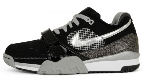 Air Trainer II LE – Bo Jackson – Foot Locker Blog c4332d0ae