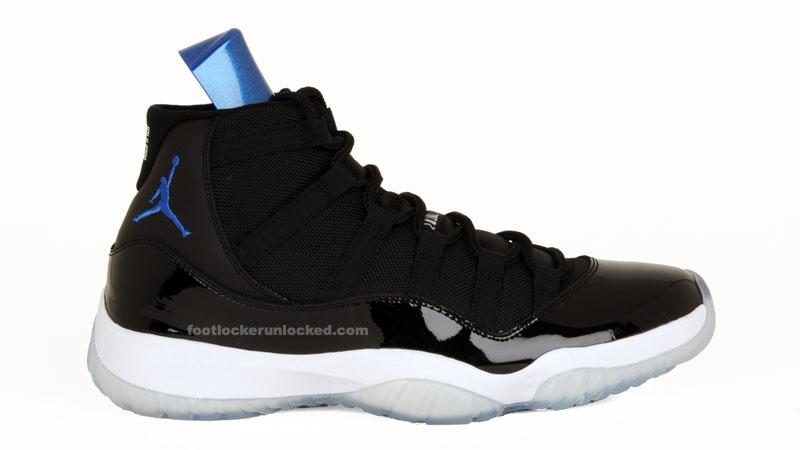 9d4eb15adc9a00 Air Jordan XI Space Jam at Foot Locker 12 23  Detailed Look – Foot ...