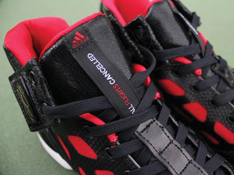 adidas adiZero Rose 2 Product Review – Foot Locker Blog 4fbd2ebac313
