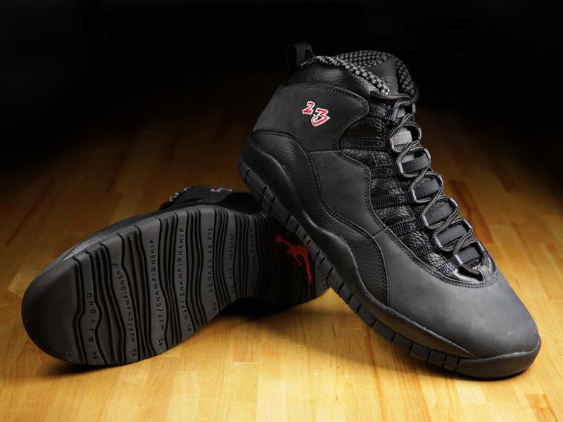 air-jordan-x-shadow-footlocker-vip-3