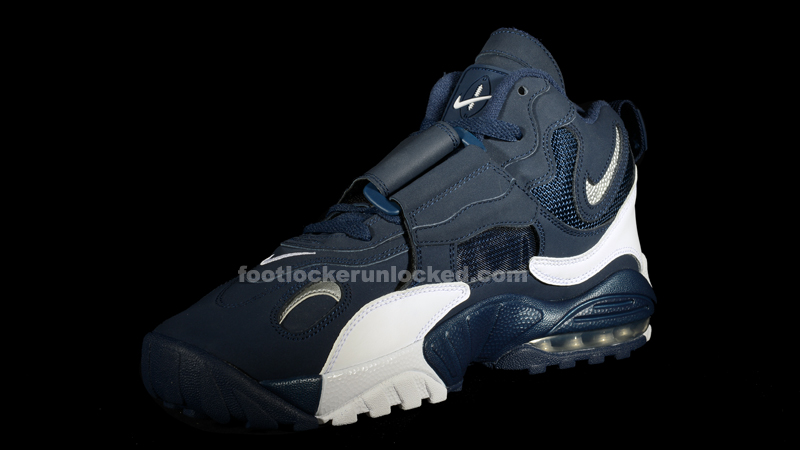 huge selection of 29e04 5fef4 Nike Air Max Speed Turf Midnight Navy Metallic Silver – Foot Locker Blog