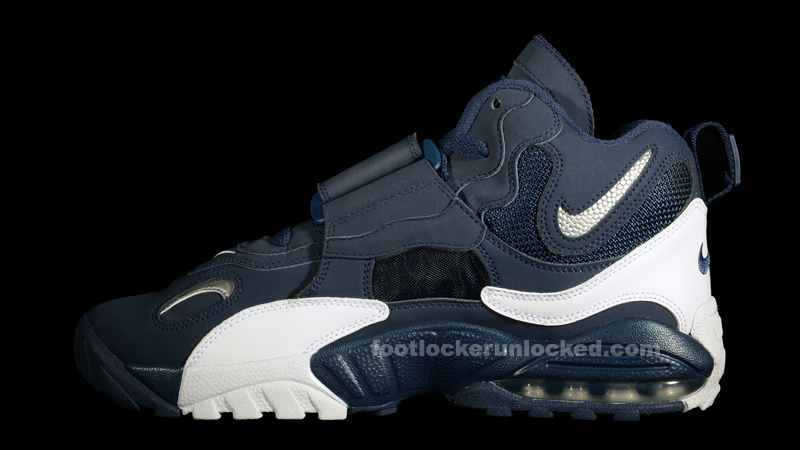 free shipping 5a189 b9816 Nike Air Max Speed Turf Midnight Navy Metallic Silver – Foot Locker Blog ...