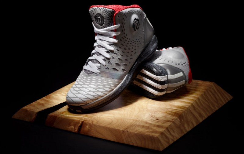 more photos da774 60d04 INSPIRED DESIGN  Inspired by Derrick s dedication to improving his game and  body, adidas designers developed the D Rose 3.5 ...