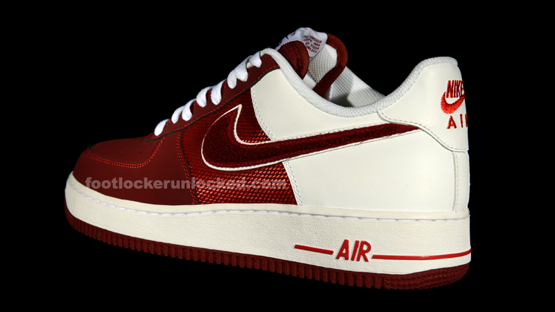 new product 4672c f813f Nike Air Force 1 Low Hyper Team Red. Nike ...