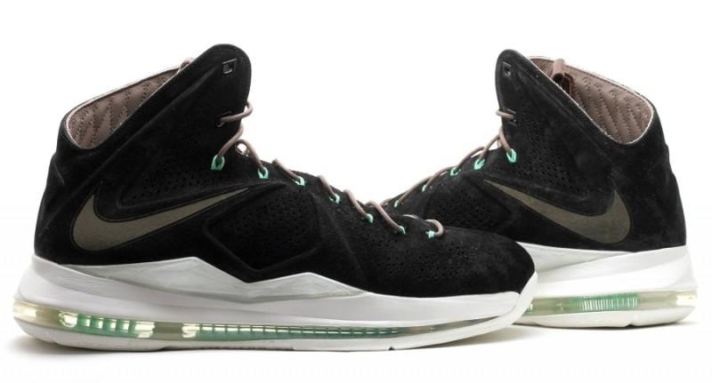 """size 40 4d3a6 3c52c Nike LeBron X EXT """"Black Suede Mint"""" Release Details"""