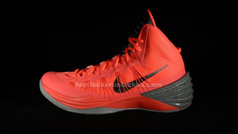 """c8ac6647505f Nike Hyperdunk 2013 """"Atomic Red"""" – Foot Locker Blog"""