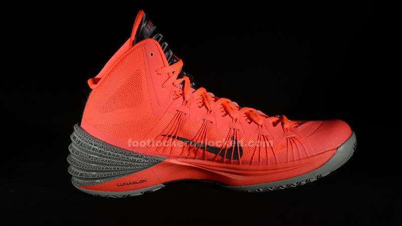 """Nike Hyperdunk 2013 """"Atomic Red"""" – Foot Locker Blog a4595a7f9"""