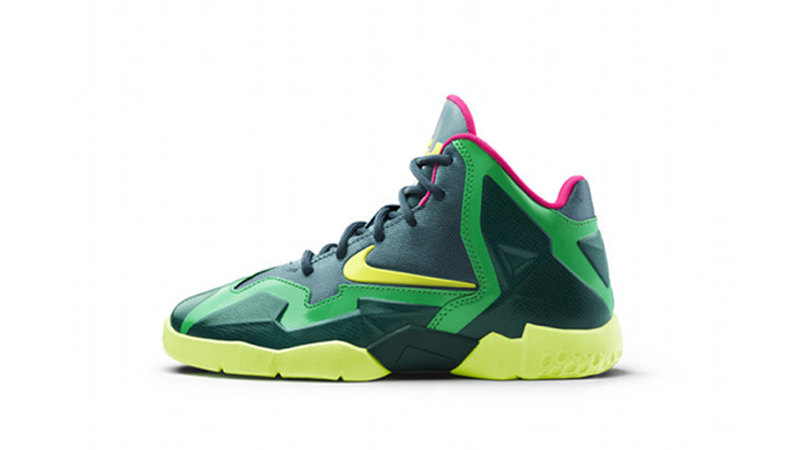 fd775904dbf Nike Fly Zone at Kids Foot Locker Opens at Palisades Mall – Foot ...