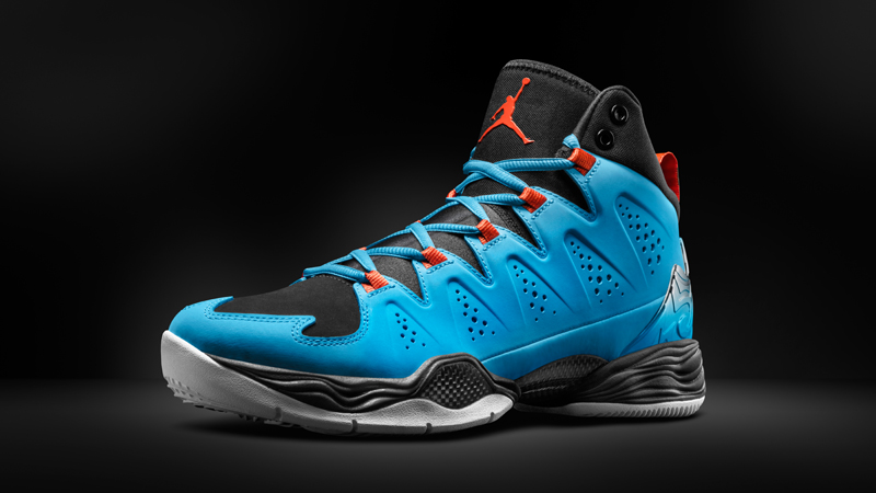 carmelo anthony 1st shoes