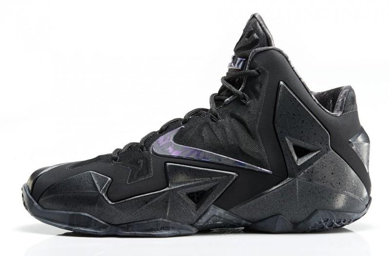 "Nike LeBron 11 ""Anthracite"" – Foot"
