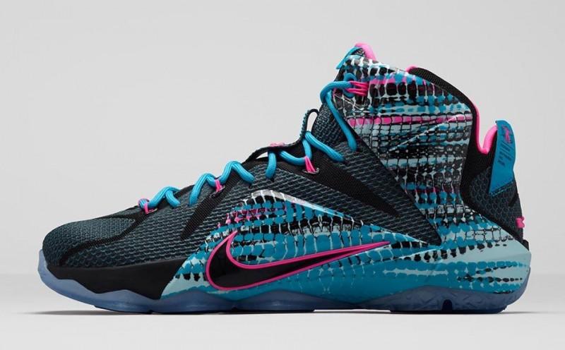"""Nike LeBron 12 """"23 Chromosomes"""" – Foot"""