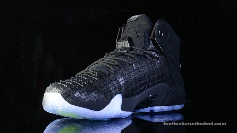 the latest 81131 4e6e6 ... Foot-Locker-Nike-LeBron-12-EXT-Rubber-City- ...