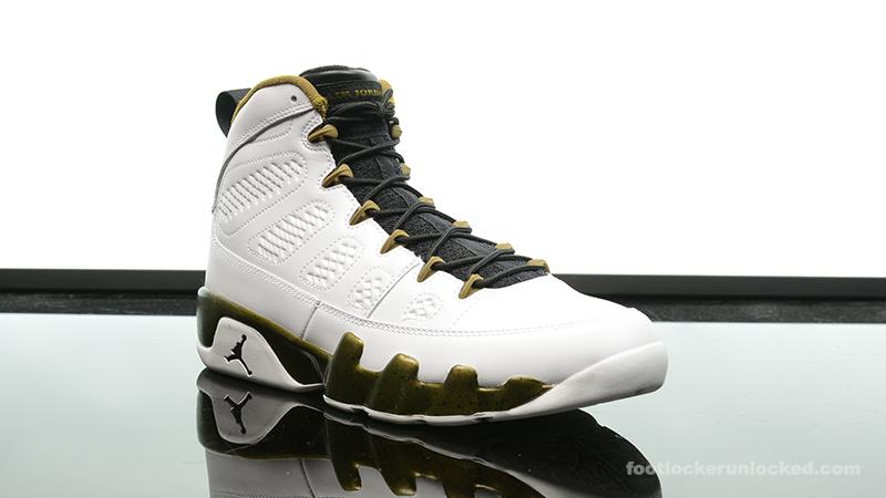 6e6744d9112f20 ... Foot-Locker-Air-Jordan-9-Retro-Statue-3 ...