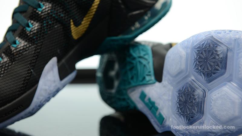 83d5cb541f4 ... Foot-Locker-Nike-LeBron-12-Low-SVSM-10 ...