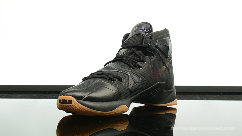 32b382ae7524c ... Foot-Locker-Nike-LeBron-13-Black-Lion-4 ...