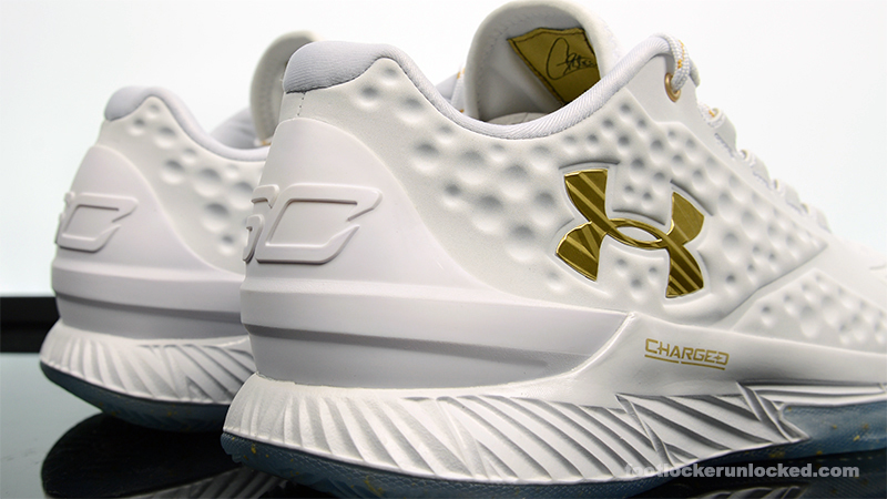 "536cbb95617 Under Armour Curry One Low ""Friends and Family"" – Foot Locker Blog"