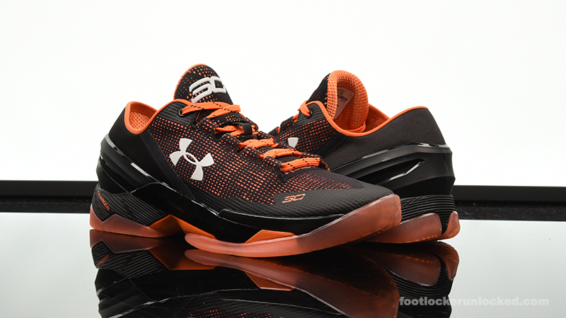 "low priced d9fb8 88d41 Under Armour Curry 2 Low ""Giants"" – Foot Locker Blog"