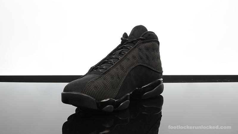 """Air Jordan 13 Retro """"Black Cat"""" – Foot"""